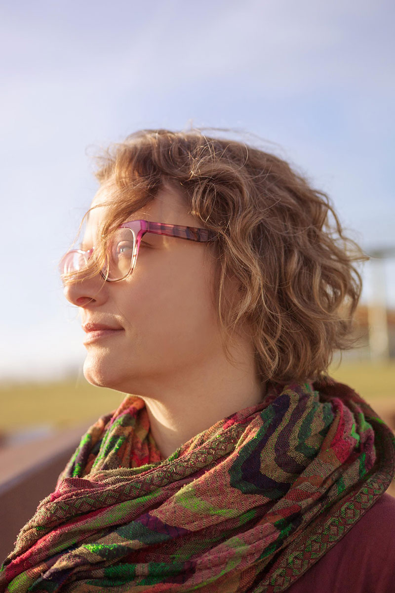Jen DeMaio Headshot